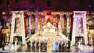 'Aida' Aspendos'ta