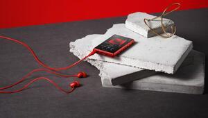 Yeni Sony Walkman tanıtıldı, beraberinde h.ear kulaklıklar geldi