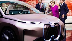Almanya e-otomobilin de lideri olmalı