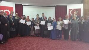 Sivasta okuma-yazma öğrenen 60 kursiyere sertifika