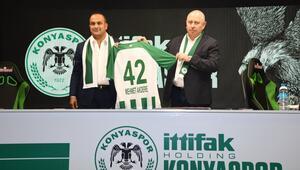 Konyaspor, İttifak Holding ile 5 yıllık isim sponsorluğu anlaşması imzaladı