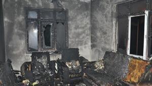 Malkarada çıkan yangında ev kullanılamaz hale geldi