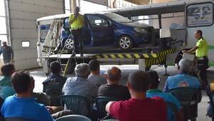 Kocasinan Belediyesinde çalışanlara trafik eğitimi verildi