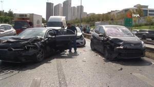 Esenyurtta zincirleme trafik kazası