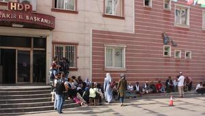 HDP önündeki eylemde 13üncü gün; aile sayısı 33 oldu