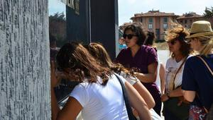 İstanbuldan sonra Bursada da özel okul şoku Hem okullarından, hem paralarından oldular