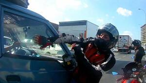 E-5te motosikletli sürücü çılgına döndü