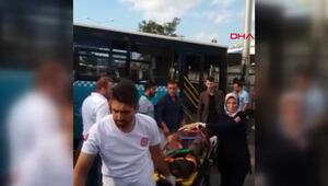 Ümraniyede vinç yüklü kamyon otobüse çarptı