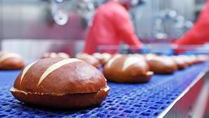 Almanya'da ekmek su gibi brezel satılıyor