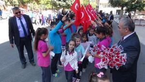 Burdurda İlköğretim Haftası töreni yapıldı