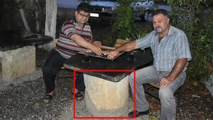 25 yıldır masa olarak kullanılıyordu O taş meğer...