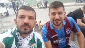 Trabzonspor formasıyla stada alınmayan taraftara Bursaspordan davet