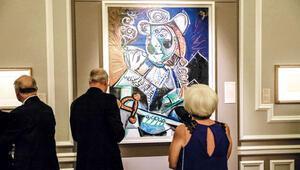 Picasso İzmir'de sahneye çıktı