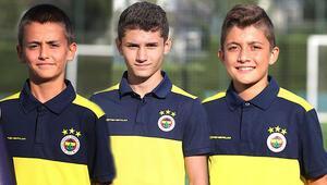 Akhisarspor'dan Fenerbahçeye Yaşları 13, 14 ve 15...
