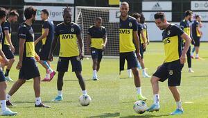 Fenerbahçede Moses ve Isla sevinci Takımla çalıştılar...