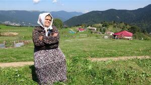 Şehit Eren Bülbül'ün annesinden HDP önünde eylem yapan annelere destek