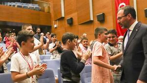 """Bakan Kasapoğlu: """"Gençlerimizi geleceğe hazırlamak bizim birinci vazifemiz"""""""