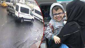 İstanbulda engelli öğrencileri taşıyan minibüse cip çarptı: 5 yaralı
