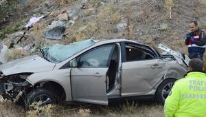 Afyonkarahisarda kahreden kaza 3 kişi hayatını kaybetti