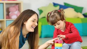 Küreselleşme çağında varlıklı ailelerin eğitim stratejisi: Taşeron ebeveynlik
