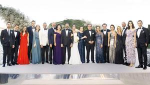 Cemiyeti buluşturan düğün