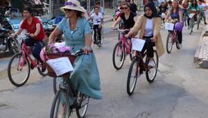 Sandıklıda Süslü Kadınlar Bisiklet Turu