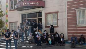 Diyarbakırda ailelerin eyleminde 21. gün