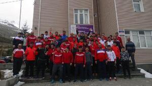 İşitme Engelliler Güreş Milli Takımları Demirkazıkta kampa girdi