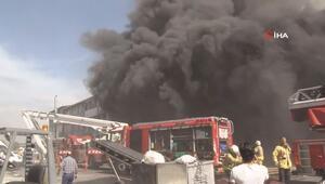 Başakşehirde sanayi bölgesinde yangın