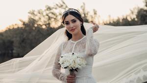 Melike İpek Yalova ile yapımcı Altuğ Gültan evlendi