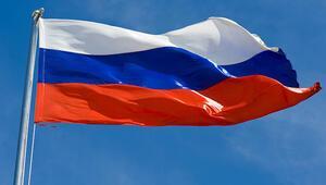 Ruslarla evlenen yabancılar 1 yıl sonra Rus vatandaşı olabilecek
