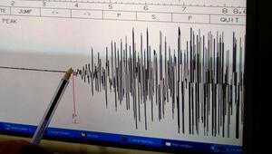 Son dakika... Yunanistanda 5.5 büyüklüğünde deprem