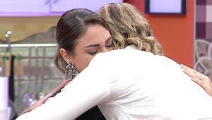 Pınar gözyaşlarını tutamadı
