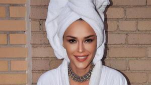 Ayşe Hatun Önaldan Rita Ora pozu
