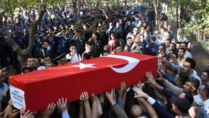 Şehit teğmen Fikret Dinçer, Konyada son yolculuğuna uğurlandı
