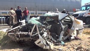 Bitlisteki kazada anne, baba ve çocuğu hayatını kaybetti