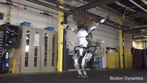En dinamik insansı robot yeni özellikleriyle daha çevik