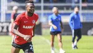 Gazişehir Gaziantep 4 golle turladı