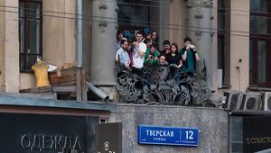 Rusyada evin balkonunda sigara içmek yasaklanıyor