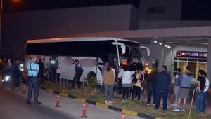 Aydında gerilim dolu gece Kadın yolcu otobüsü 4 saat rehin aldı