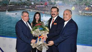 TOBB Başkanı Hisarcıklıoğlu: Birlik olursak bileğimizi kimse bükemez