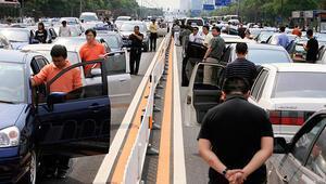 Çinde trafik kazası: 36 ölü