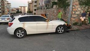 Süslediği aracın üzerine Beni Affet yazdı, kaza yaptı