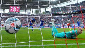 Bundesligada yenilgisiz takım kalmadı