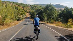 Bisikletiyle 7 yıldır Türkiyeyi geziyor