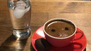 Yağ yakan Türk kahvesinden çikolatalı buzlu kahveye Dünya Kahve Gününe özel tariflerimiz var