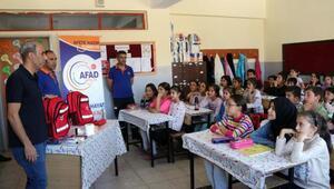 Bitlis'te öğrencilere deprem eğitimi verildi