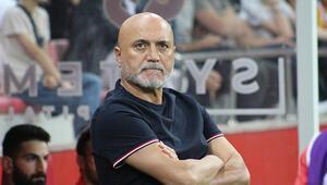 Kayserisporda teknik direktör Hikmet Karaman ile yollar ayrıldı.