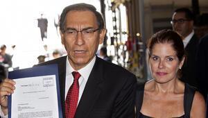 Peruda ordudan Devlet Başkanı Vizcarraya destek
