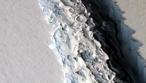 Antarktikadan 315 milyar tonluk buz dağı koptu